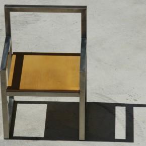 """Sedia e tavolo """"squadro"""" . Arredo inox - legno"""